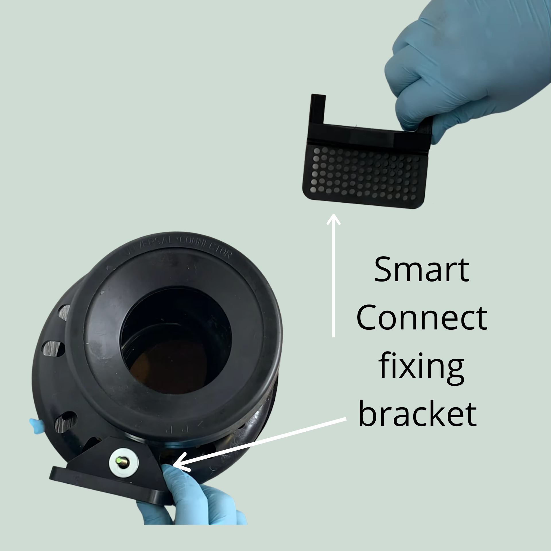 Installing the fixing bracket for Smart Connect